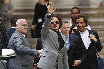 Johnny Depp avventer dom i injuriesak mot britisk tabloid