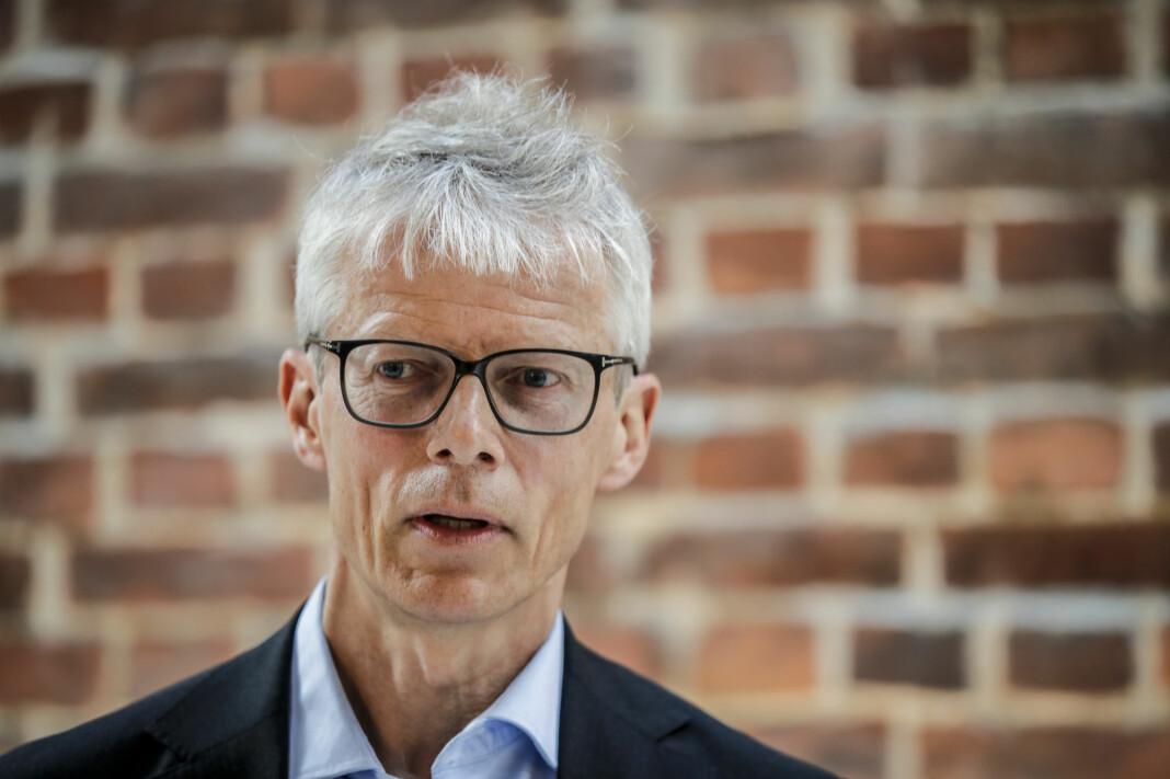 Skattedirektør Hans Christian Holte frykter det blir utsettelse av skatteregler for internasjonale teknologiselskaper.