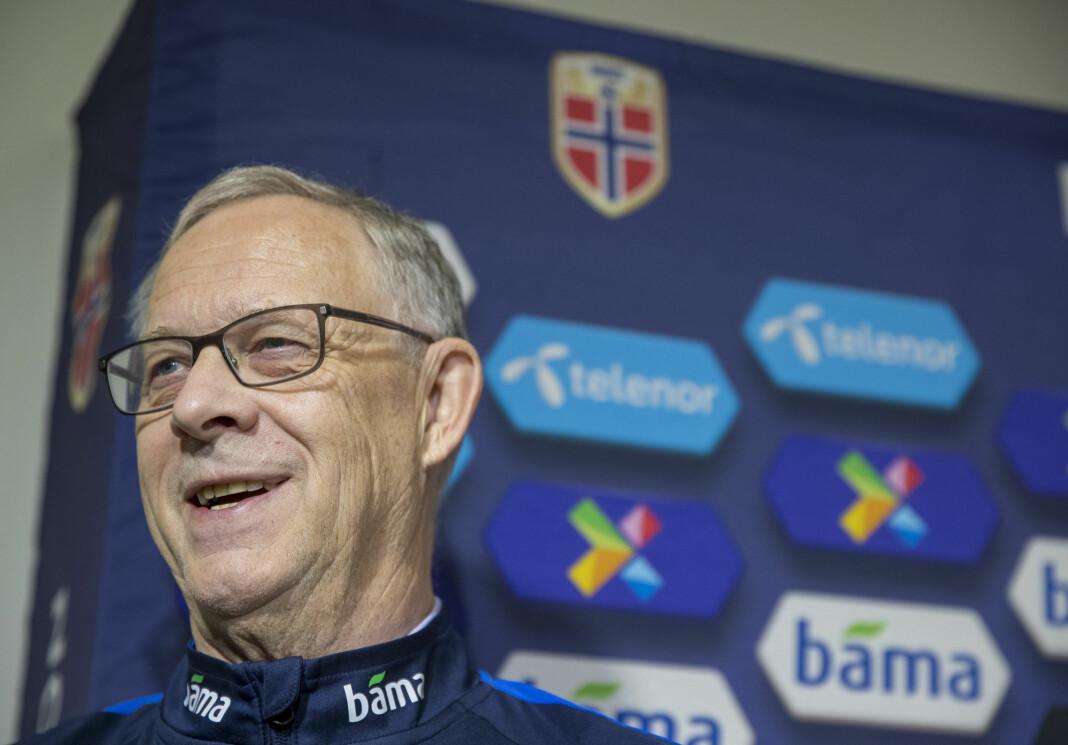 Landslagssjef Lars Lagerbäck holder pressekonferanse mandag.