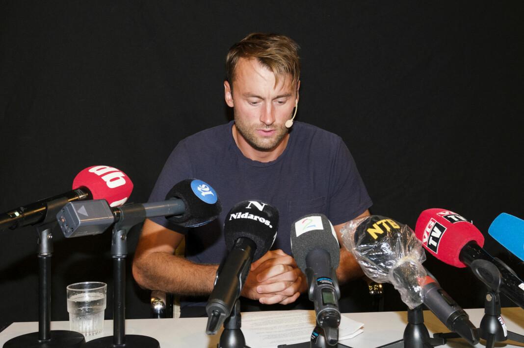 Petter Northug på fredagens pressekonferanse. Enkelte spørsmål fikk mer oppmerksomhet enn andre.