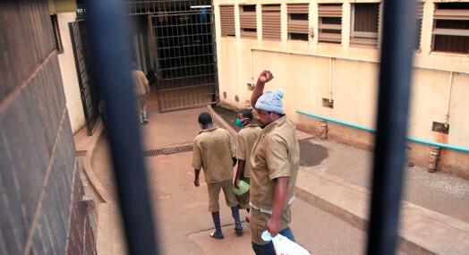Prisbelønt journalist fortsatt i fengsel i Zimbabwe