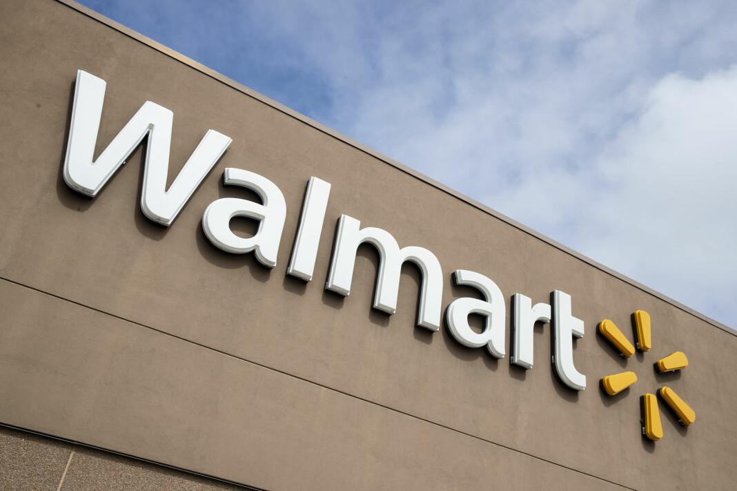 Verdens største detaljhandel Walmart sier selskapet blir Microsofts partner i kampen om oppkjøpet av den populære videoappen Tiktok.