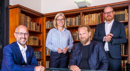 Sammen skal de digitalisere Norges største fotosamling