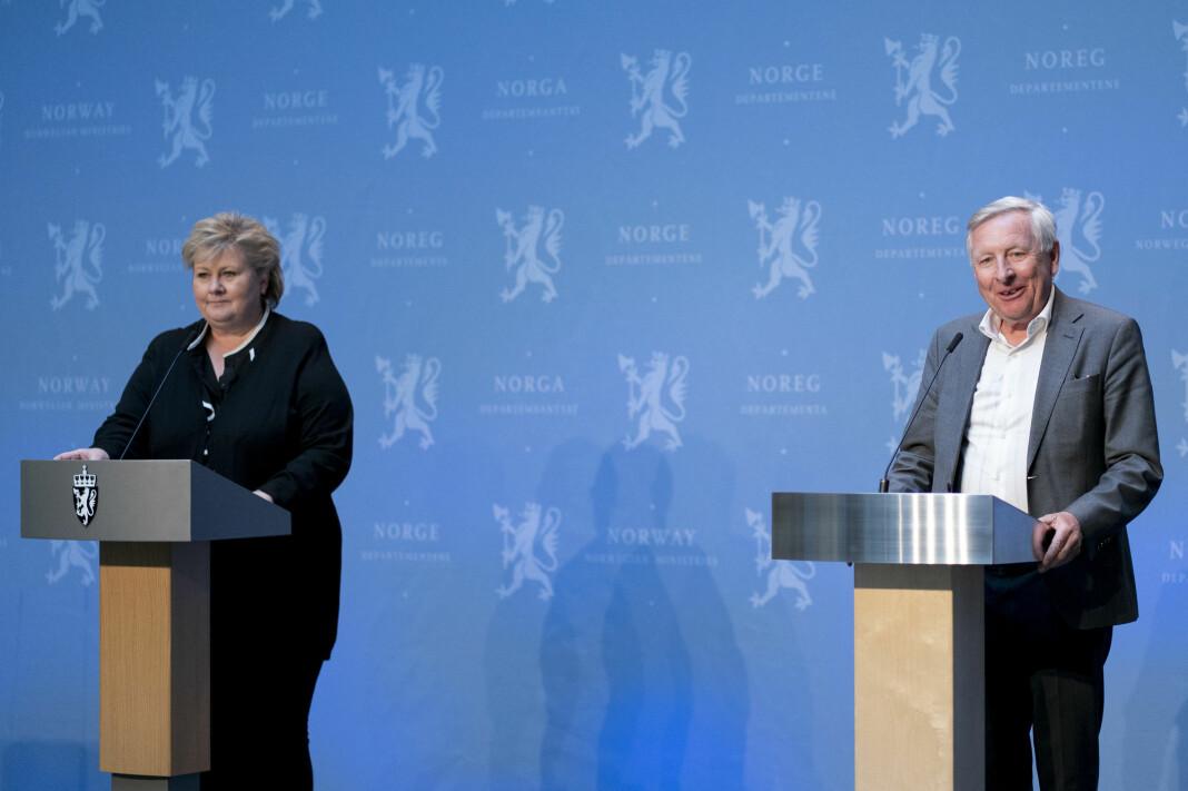 Statsminister Erna Solberg og professor Stener Kvinnsland skal lede arbeidet i granskningskommisjon om koronakrisen.