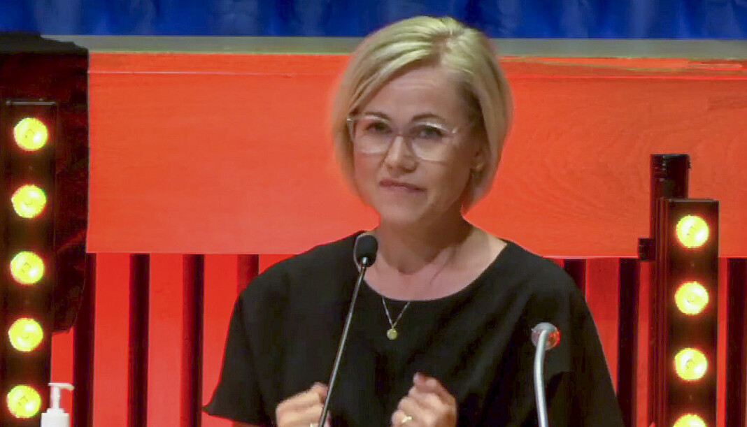 Ingvild Kjerkol holder tale på Trøndelag Arbeiderpartis fylkesårsmøte etter at hun ble valgt til ny leder.