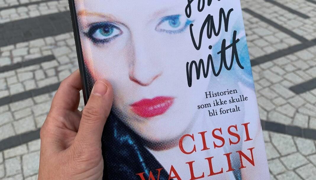 NRK feilinformerer i dekningen av Cissi Wallins bok, skriver Wallins norske forlegger.