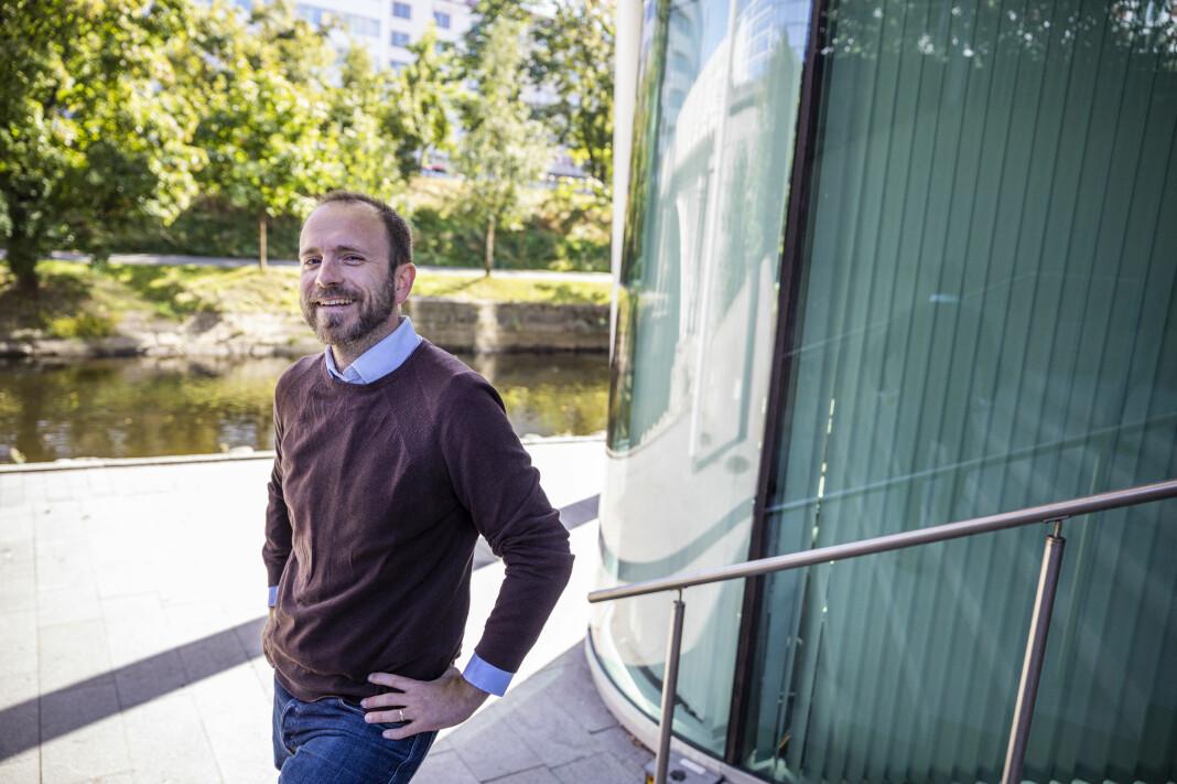 Dagens Næringsliv har ansatt Bloombergs byråsjef i Norge, Mikael Holter, som ny finansjournalist.