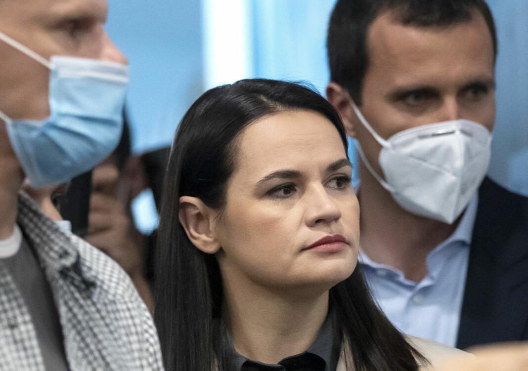 Svetlana Tikhanovskaja ber Russland stille seg på det hviterussiske folkets side.