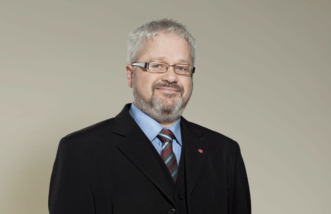 Lokalpolitiker Rolf Terje Klungland delte et upublisert intervju, og nekter å ta det ned fra nettet.