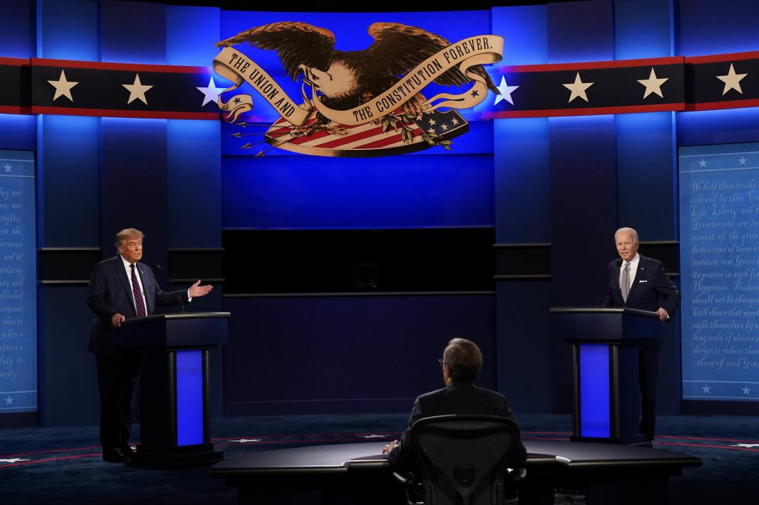 Den erfarne TV-journalisten Chris Wallace fra Fox News var ordstyrer under tirsdagens 90 minutter lange debatt mellom Donald Trump og Joe Biden i Cleveland.