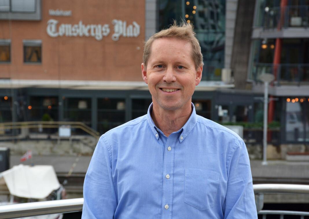 Henrik Ulrichsen forlater journalistjobben i Tønsbergs Blad for å bli organisasjonssekretær i Norsk Journalistlag.