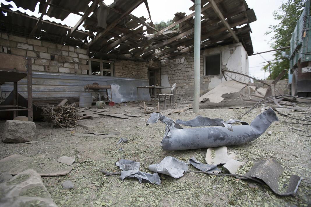 Fire journalister, to av dem franske, ble såret i et aserbajdsjansk angrep mot Martuni i Nagorno-Karabakh torsdag.