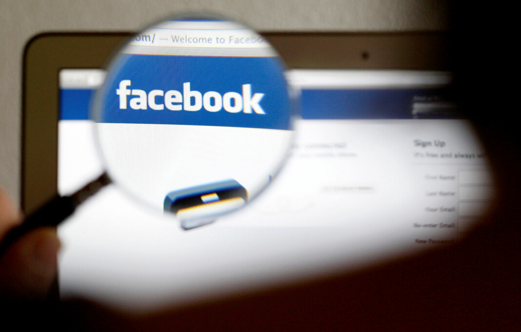 – Vi tillater ingen å spre misvisende informasjon på plattformene våre om covid-19 som kan føre til at fysiske skader, sier talsperson for Facebook.