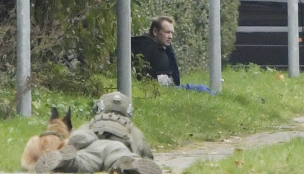 Danske Peter Madsen, som soner en livstidsdom for drapet på journalisten Kim Wall, forsøkte tirsdag å rømme fra fengselet han soner i. Han ble pågrepet etter kort tid.
