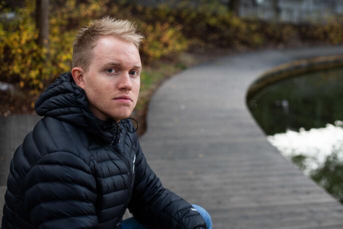 Simon Solheim har en bachelor i krisehåndteringsfag og startet som nynorskpraktikant i NRK.