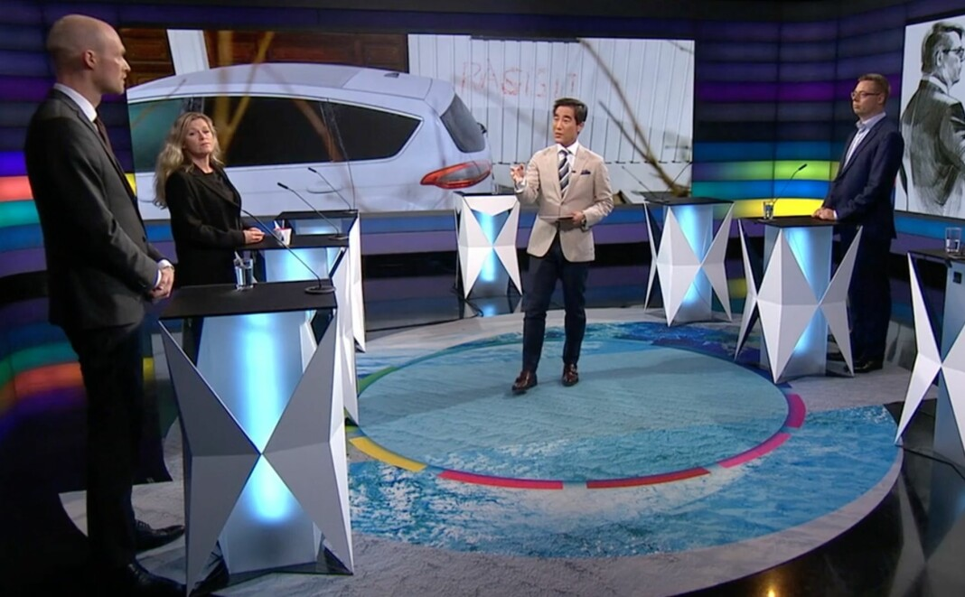 Fredrik Solvang leder Debatten på NRK. Her fra den aktuelle sendingen.