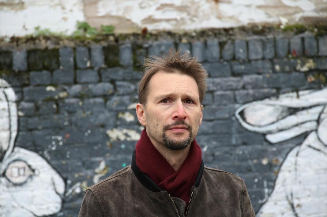 Harvard-utdannede Martin Sandbu har vært tilknyttet Financial Times siden finanskriseåret 2008. I dag jobber han som europeisk økonomikommentator, fra koronanødvendig hjemmekontor i Nordøst-London.