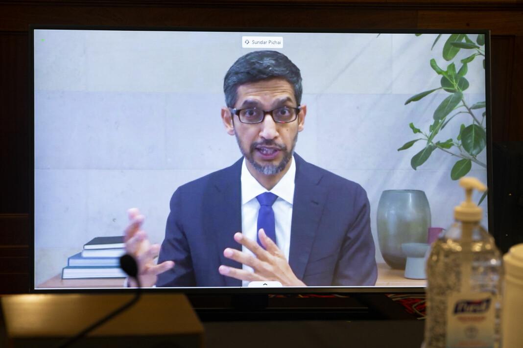 Alphabet-sjef Sundar Pichai under en høring i Senatets handelskomité i Washington onsdag.