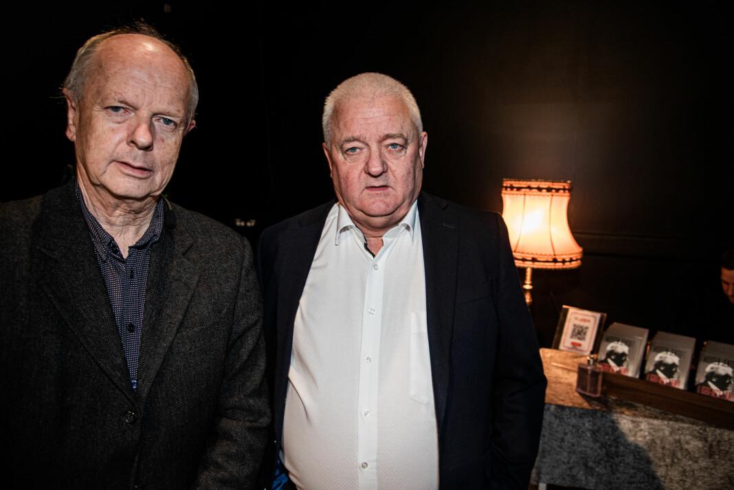 NRK-journalist og forfatter Morten Jentoft (t.v.) og Frode Berg under lanseringen av Jentofts bok « I grenseland. Historien om Frode Berg» i Kirkenes.