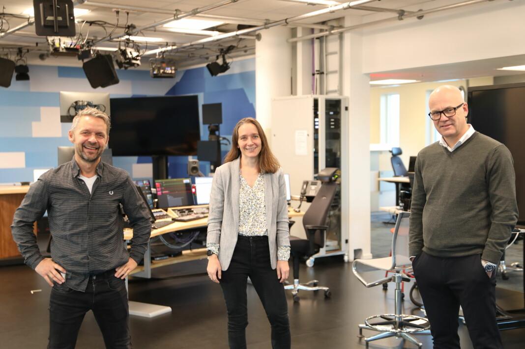 Marius Lillelien, distriktdirektør i NRK (t.v.), Heidrun Reisæter, teknologidirektør i NRK, og kringkastingssjef Thor Gjermund Eriksen i Bodø.