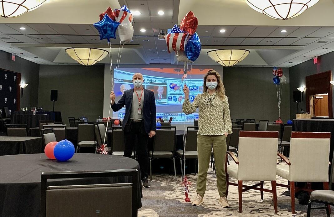 VG-teamet Gisle Oddstad og Ingeborg Huse Amundsen var de siste til å forlate en Trump-valgvake i Florida natt til onsdag lokal tid.