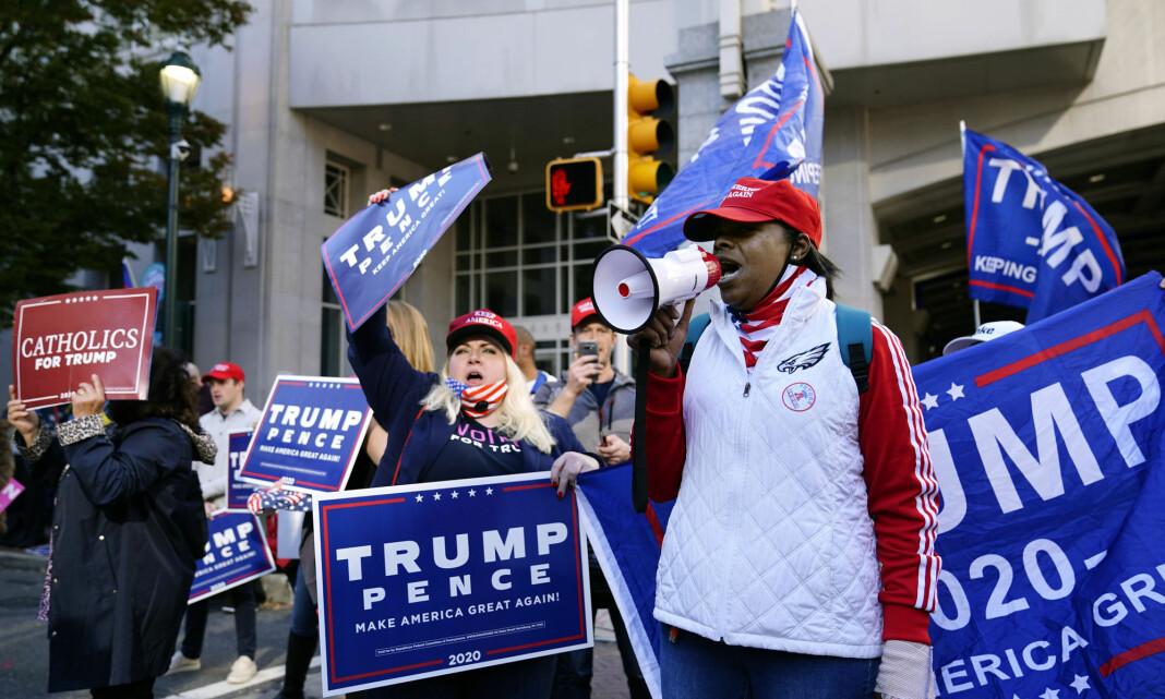 Facebook fjerner gruppe som organiserer protester mot stemmetellingen i USA