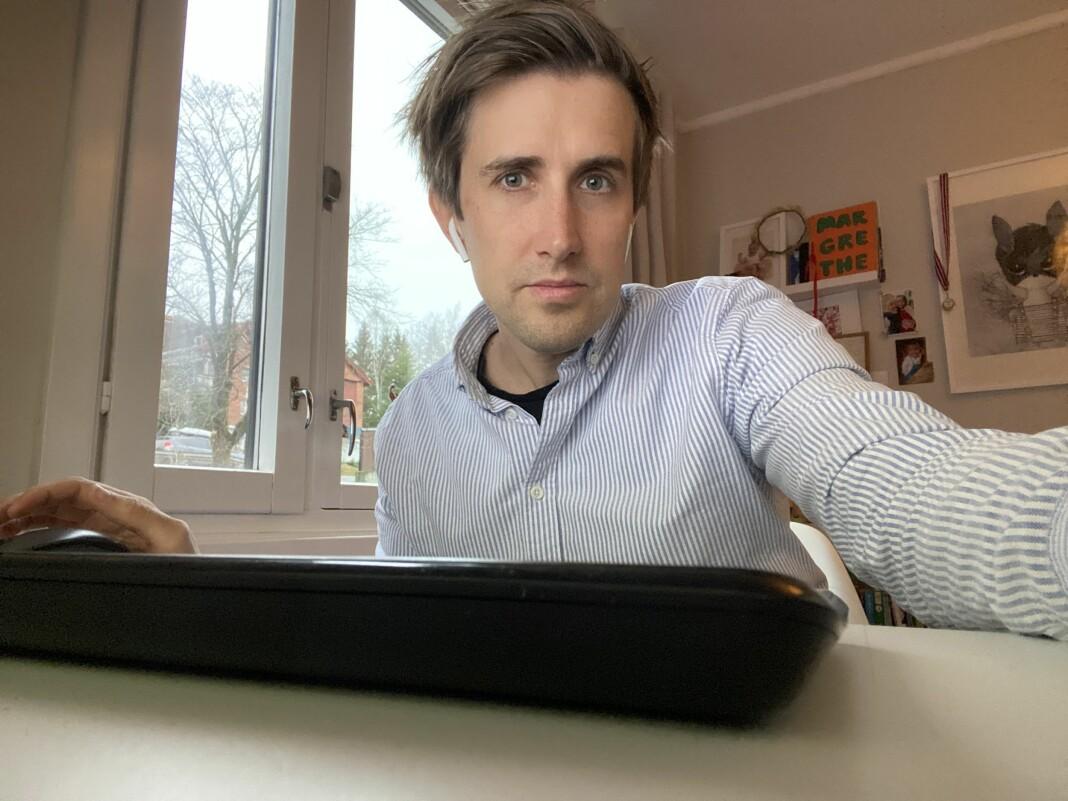 Etter fem år i DN vender Marcus Husby tilbake til VG. Her fra hjemmekontoret.