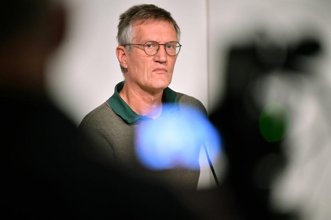 Statsepidemiolog Anders Tegnell er i en egen klasse når det gjelder mediehåndtering, mener svenske journalister.