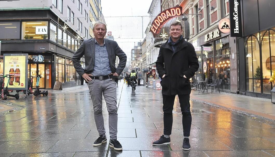 Ansvarlig redaktør i Avisa Oslo, Magne Storedal (t.v.) og styreleder Jostein Larsen Østring, her fra Torggata i Oslo sentrum.