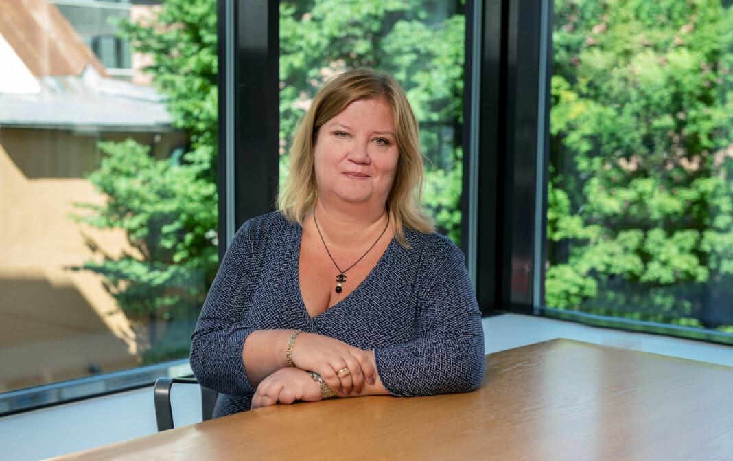 Arbeidsrettsadvokat Kari Bergeius Andersen representerer den oppsagte redaktøren i Drangedalsposten.