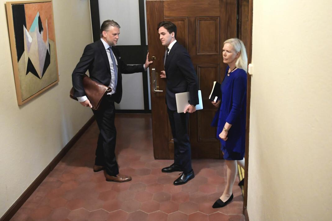 Sveriges tidligere Kina-ambassadør Anna Lindstedt ble i juli frikjent for tiltalen om misbruk av sin stilling for å ha deltatt i hemmelige forhandlinger om Gui Minhai. Nå skal Sveriges «tause» diplomati granskes.