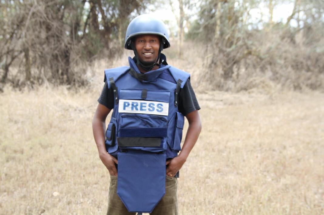 Ifølge Reuters ble det ikke oppgitt noen grunn til pågripelsen av Kumerra Gemechu.