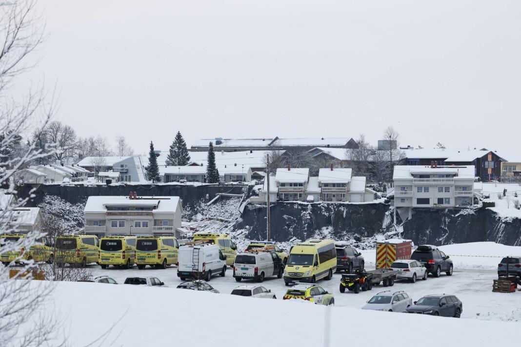 Romerikes Blad var blant de første på stedet da ni bygninger med til sammen 31 boliger ble tatt av et leireskred i Gjerdrum natt til 30. desember 2020.