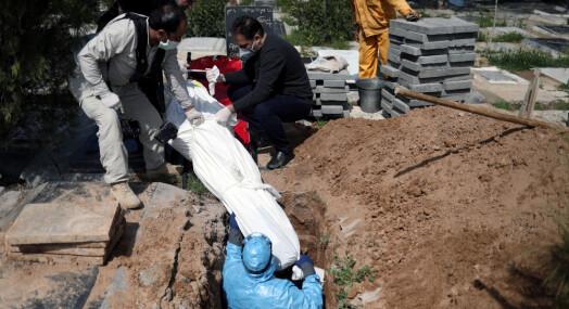 Mer enn 600 journalister døde av korona i 2020