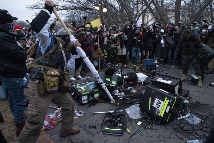 «CNN sucks» ropte mobben – og gikk til angrep på Associated Press