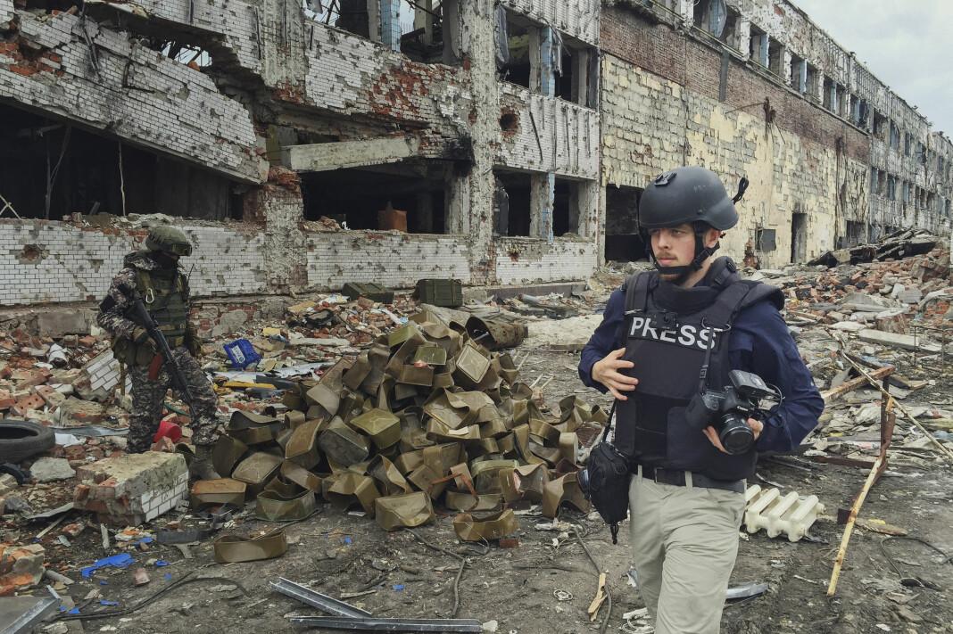 Kyrre Lien blir VGs Midtøsten-reporter. Her jobber han i et annet konfliktområde, i 2016, ved det som engang var flyplassen i Donetsk. Den ble nybygd i 2012, men nå er det bare ruinene igjen. Flyplassen kontrolleres nå av de russiskstøttede opprørerne.