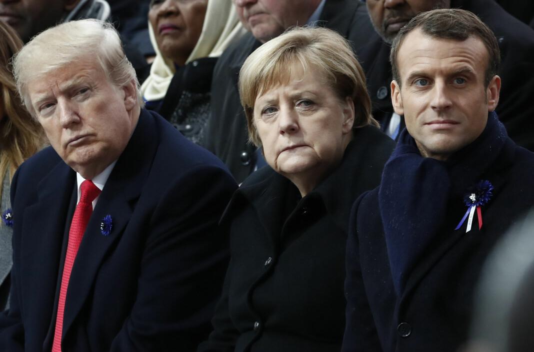 Angela Merkel synes ikke det må være opptil sjefene i store nettselskaper å regulere hvem som har rett til å ytre seg.