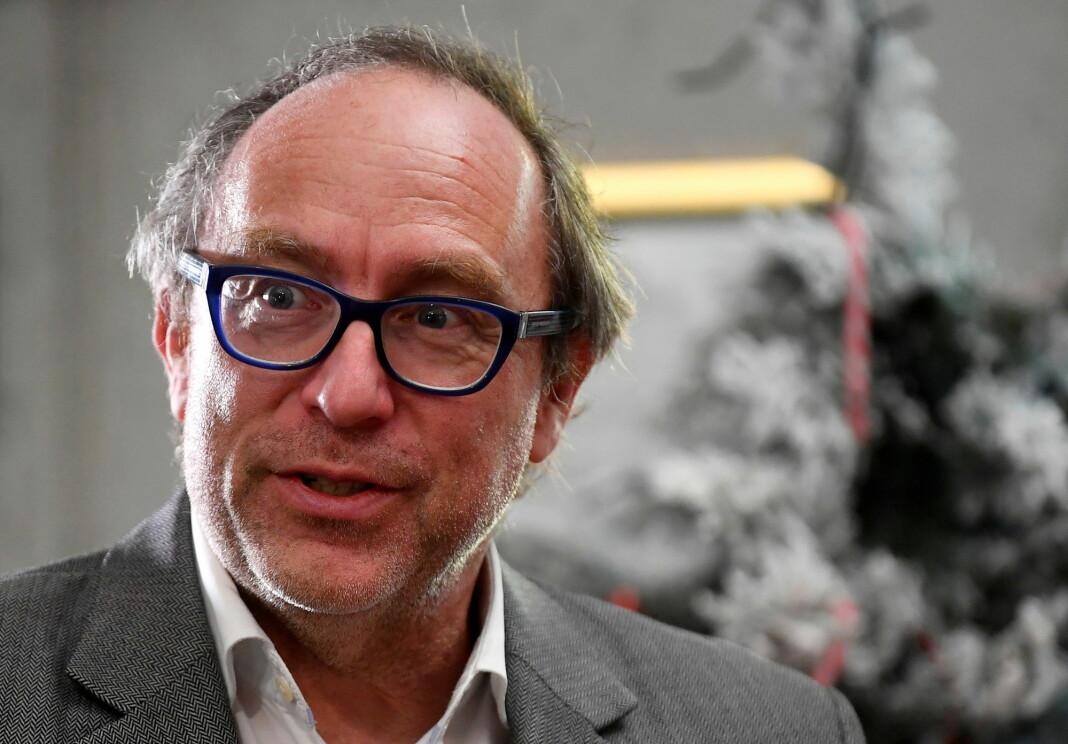 Facebook og Twitter har sviktet i håndteringen av USAs president Donald Trump og hans påstander om valgfusk, ifølge Wikipedia-grunnlegger Jimmy Wales.