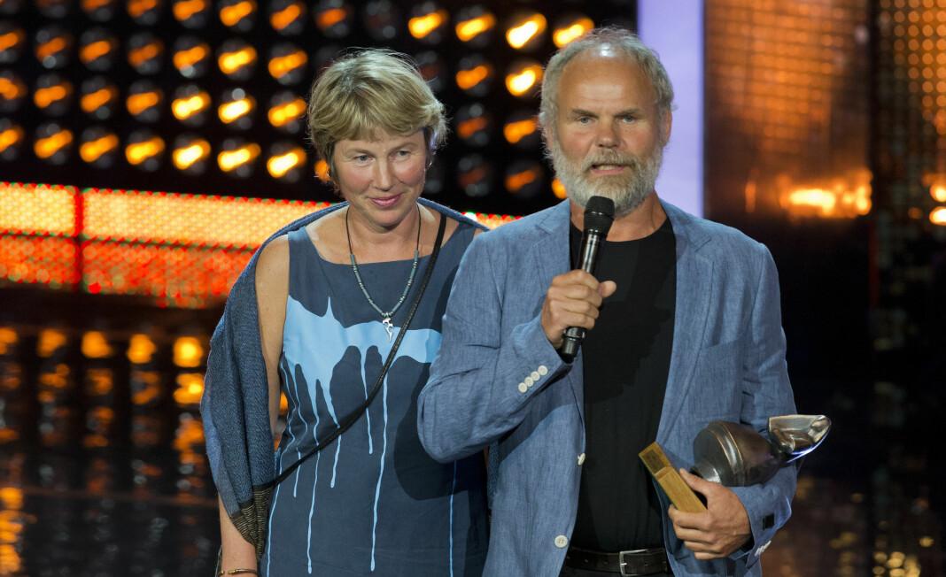 Øyvind Sandberg mottok Amandaprisen i august 2012 for beste dokumentarfilm med «Folk ved fjorden».