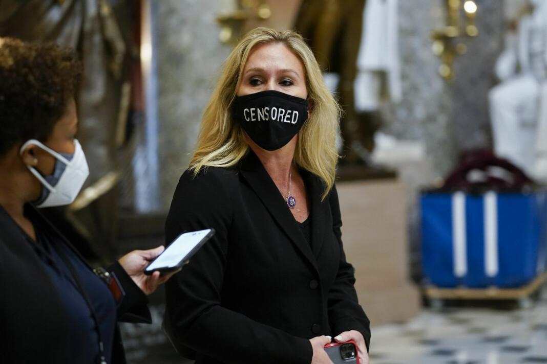 Twitter-kontoen til den republikanske kongressrepresentanten Marjorie Taylor Greene, som er QAnon-tilhenger, er sperret i tolv timer.