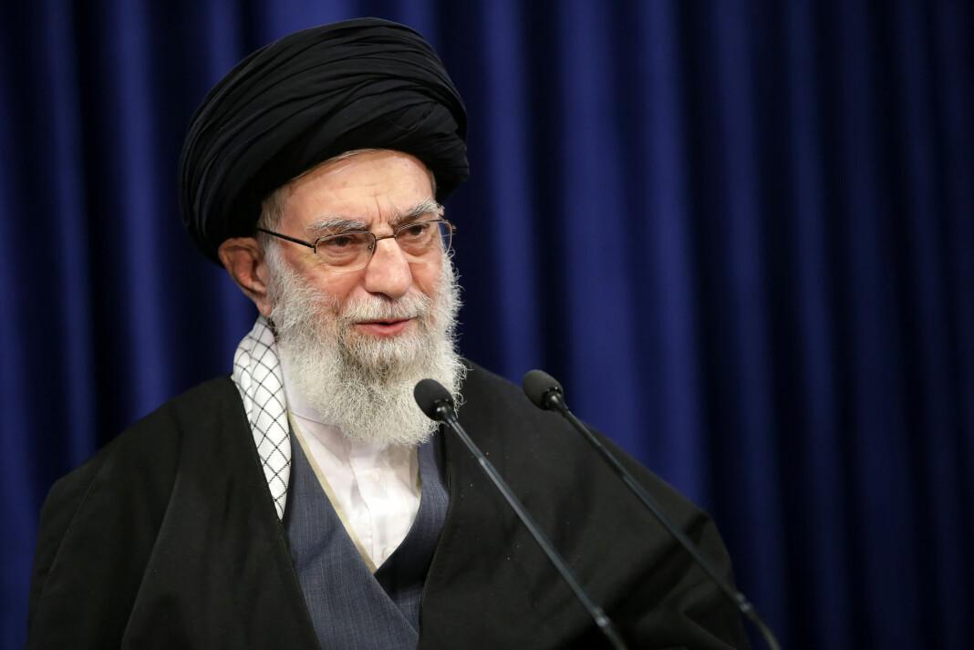 Irans øverste leder Ali Khamenei er kastet ut av Twitter etter å ha truet tidligere president Donald Trump med hevn for likvideringen av den iranske generalen Qasem Soleimani i fjor.