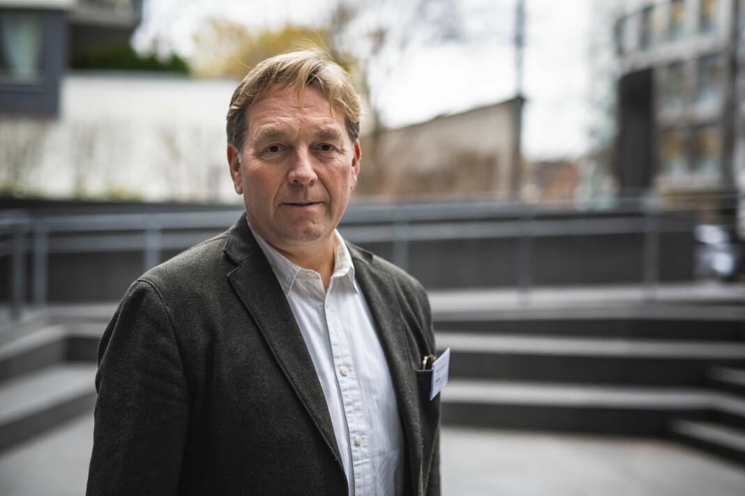 Rådgiver Trond Idås i Norsk Journalistlag ber journalister huske å snakke om opplevelser for å bearbeide inntrykk.
