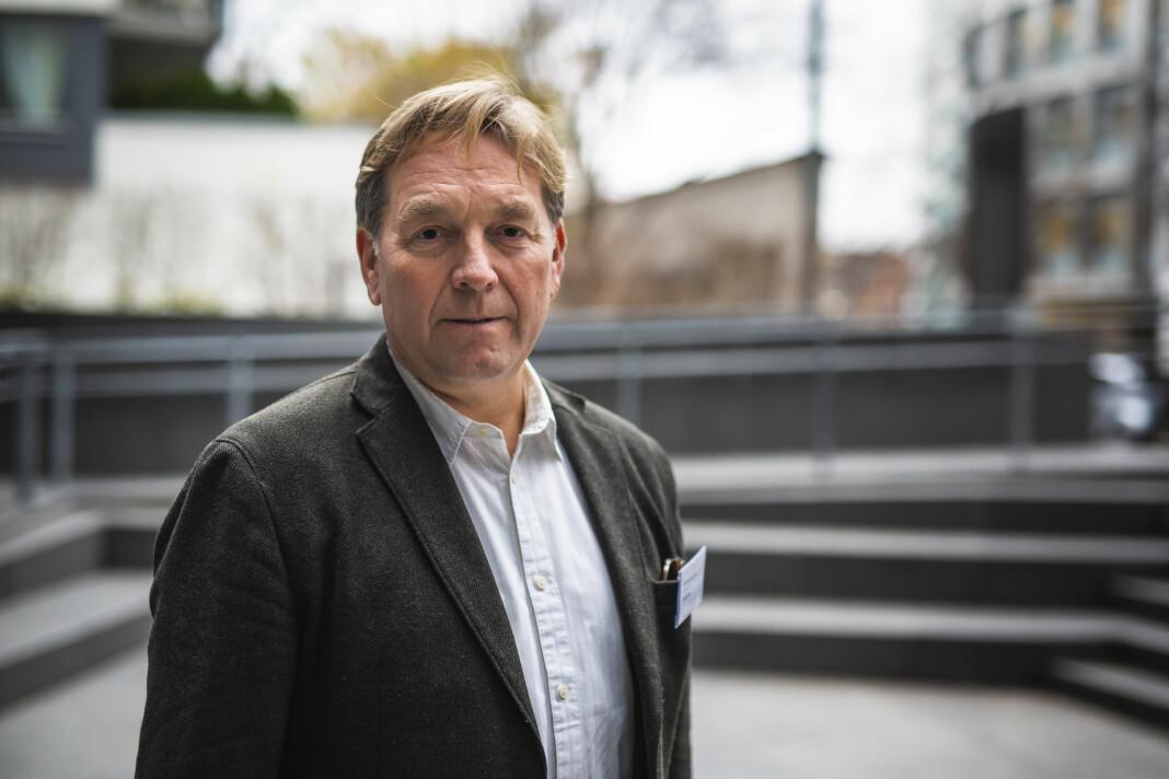 – Ansvaret arbeidsgiver har for deg på kontoret, det er det samme når du har hjemmekontor, sier Trond Idås i NJ, som er ansvarlig for undersøkelsen om korona-og hjemmekontor-situasjonen blant norske journalister.