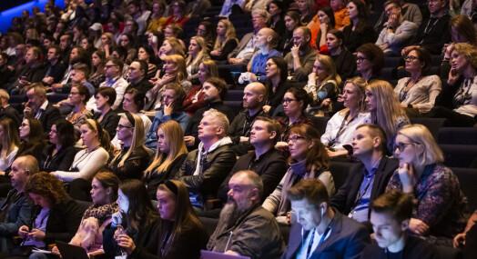 Mange mediekonferanser blir heldigitale også i 2021, mens noen holder på håpet om å kunne samles