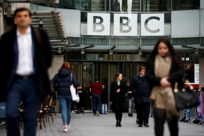 BBC skjerper sikkerheten etter trusler mot journalister: «Jeg håper han blir drept»