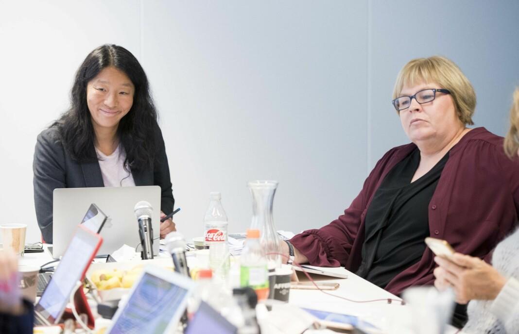 Generalsekretær Elin Floberghagen (t.v.) sammen med PFU-leder Anne Weider Aasen.