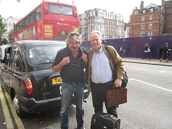 Pedersen med advokat Sigurd Klomsæt i London i 2008, da DNA-eksperter skulle få innsyn i Baneheia-materiale.