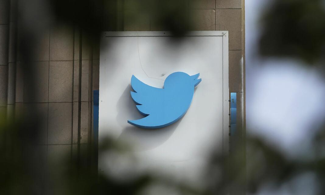 Twitter fjernet flere hundre statstilknyttede trollkontoer