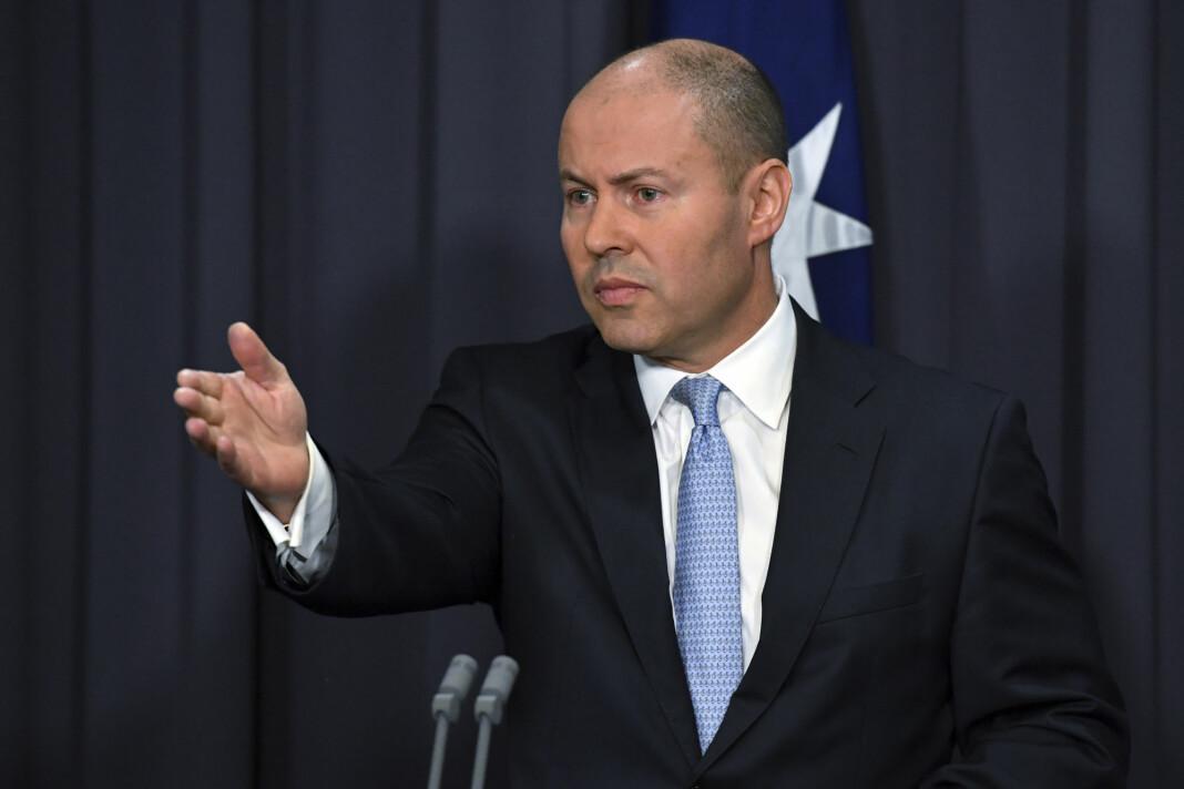 Australias finansminister Josh Frydenberg sier den nye loven er en milepæl. Kritikere har pekt på at selve utfordringen med betaling for nyheter ikke er løst.