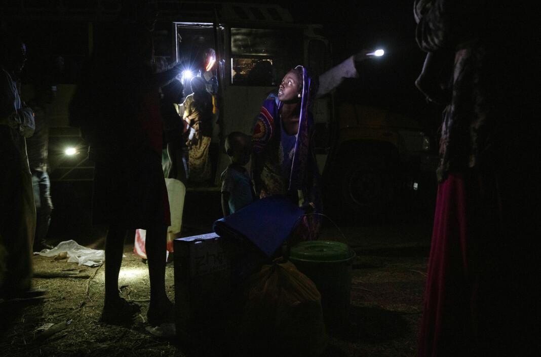 Flyktninger fra Tigray-provinsen fotografert nær en flyktningleir øst i Sudan.